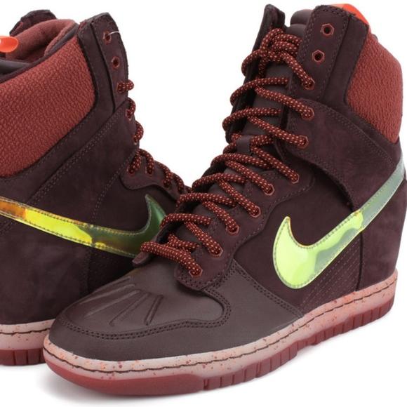 half off c3e7e 65f51 Nike 684954-600 Dunk Sky Hi Sneakerboots Size 8. M 5ac80171739d484fbf9ea52d